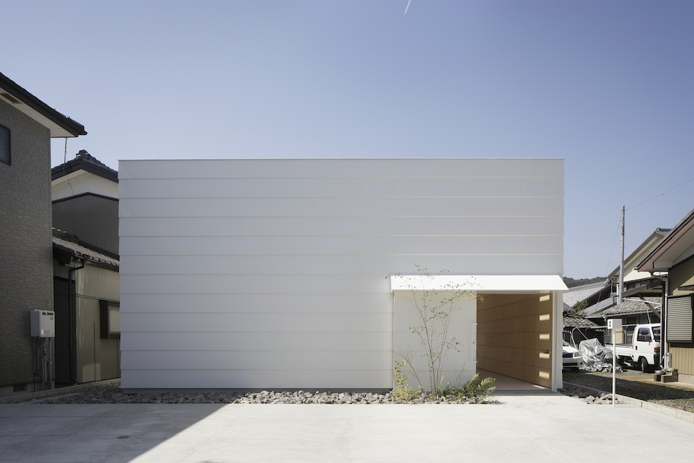 Light_Walls_House_by_mA-style_Architects_Japanese_Design_Blog_01