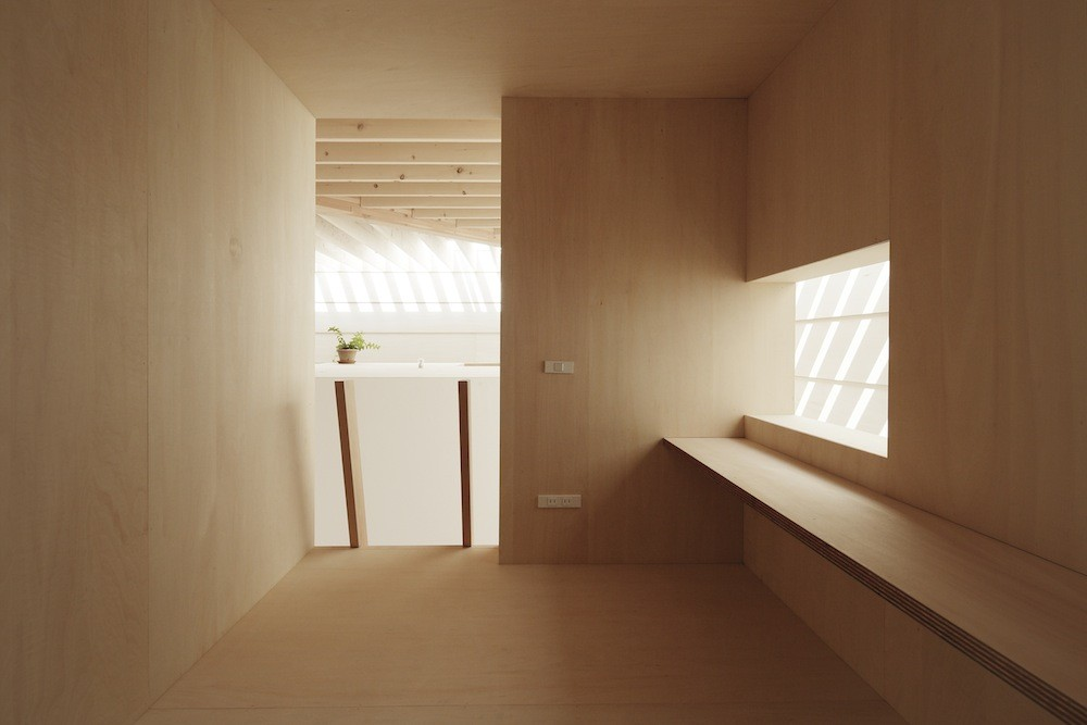 Light_Walls_House_by_mA-style_Architects_Japanese_Design_Blog_11
